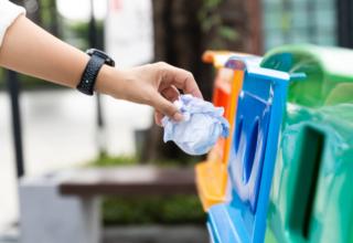 Raccolta Differenziata: disciplina in materia di rifiuti, tutela dei consumatori, esecuzione dei servizi